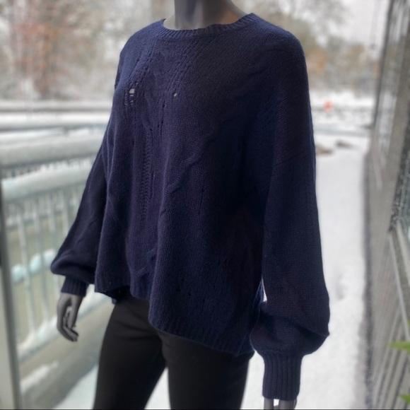 SKULL CASHMERE Lea Distressed Crew Neck Sweater